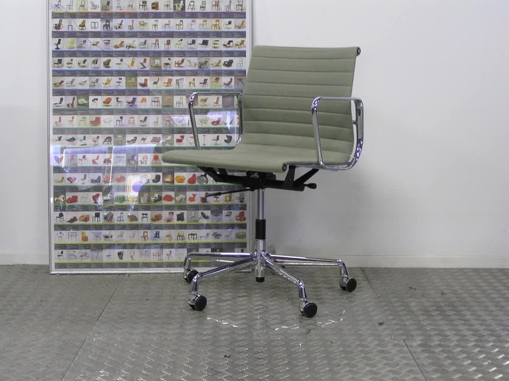 Eames B Rostuhl ea 117 ea 117 chair skandium eames ea 117 chair designed by charles eames vitra vitra