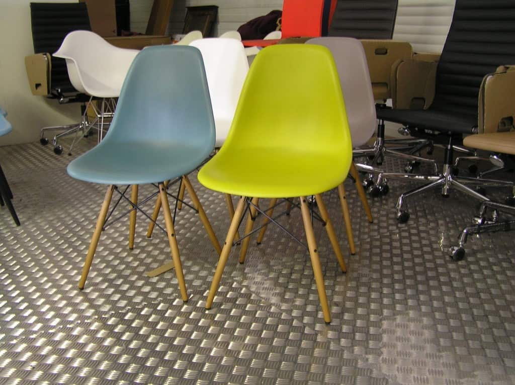 Eames Dsw Stoel : Vier vitra eames dsw diverse kleuren u dodesign